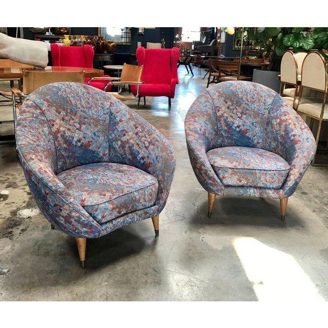 Mid-Century Italian curved lounge chairs by Federico Munari 1958, also available from the same suite the sofa.