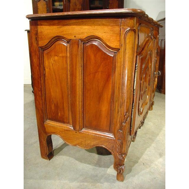Walnut Exquisite 18th Century Walnut Wood Buffet Nimoise For Sale - Image 7 of 11