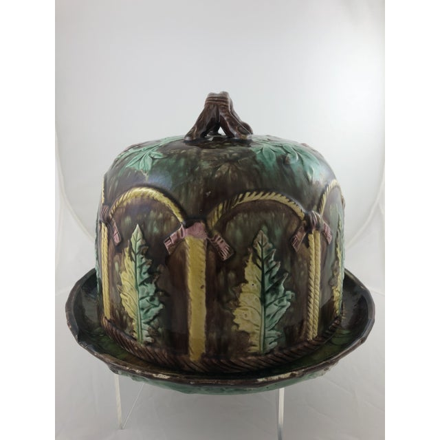 Ceramic Majolica Leaf Cheese Dome For Sale - Image 7 of 7