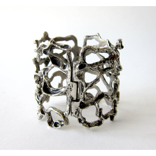 Robert Larin Pewter Canadian Modernist Webbed Cuff Bracelet For Sale - Image 4 of 4