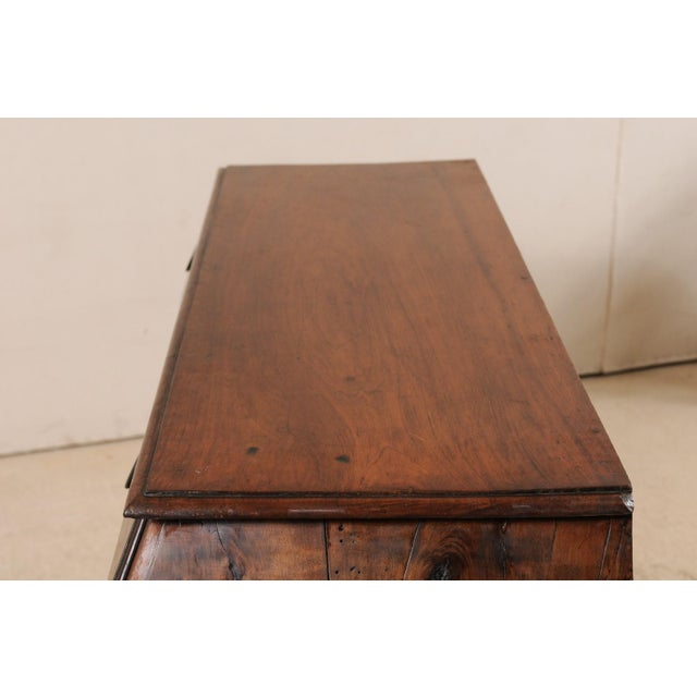 Late 18th Century Italian Walnut Wood Commode For Sale - Image 11 of 12