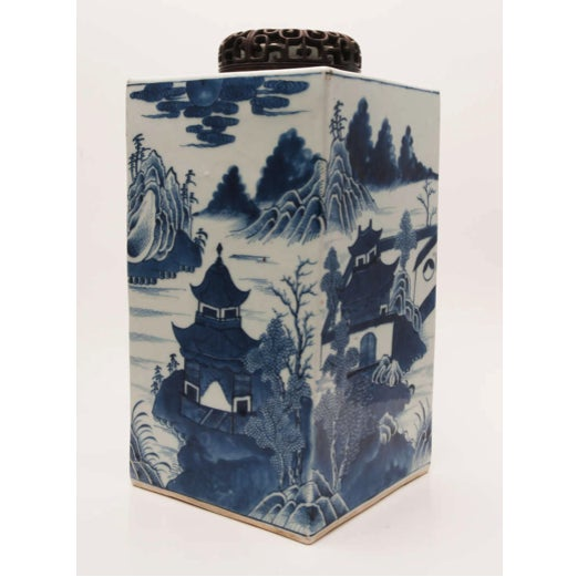 Mid 19th Century 19th Century Chinese Export Canton Large Blue and White Tea Caddy For Sale - Image 5 of 11