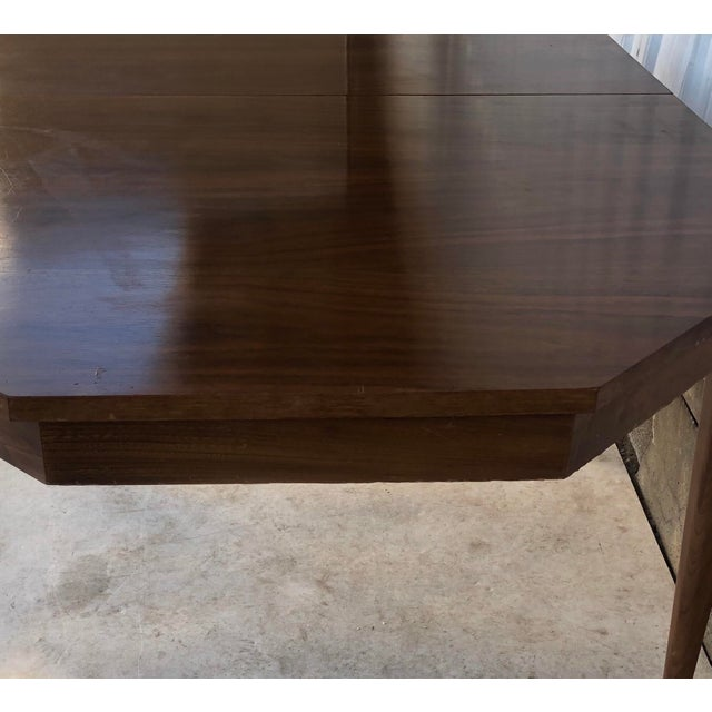 Mid-Century Modern Dining Room Table With Leaf For Sale - Image 10 of 13