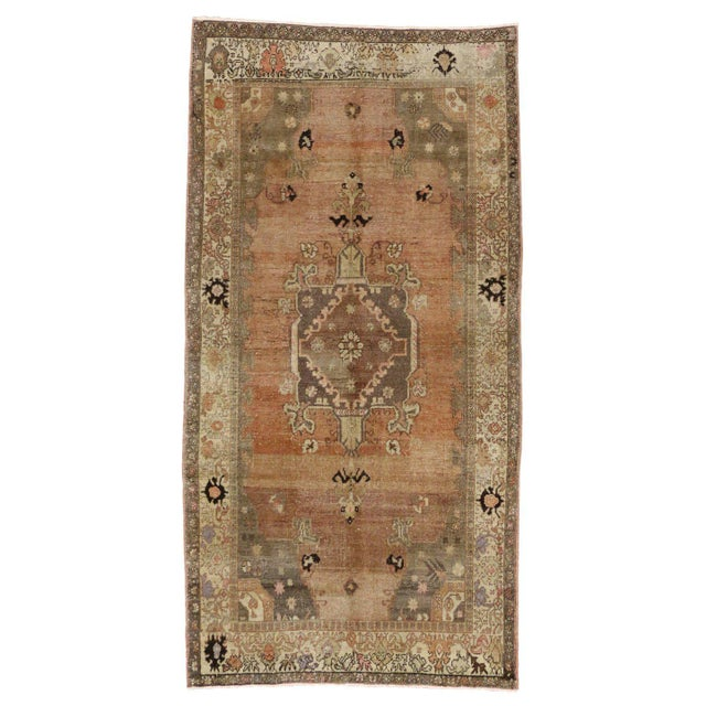 Vintage Turkish Sivas Rug with Modern Industrial Style For Sale - Image 5 of 9