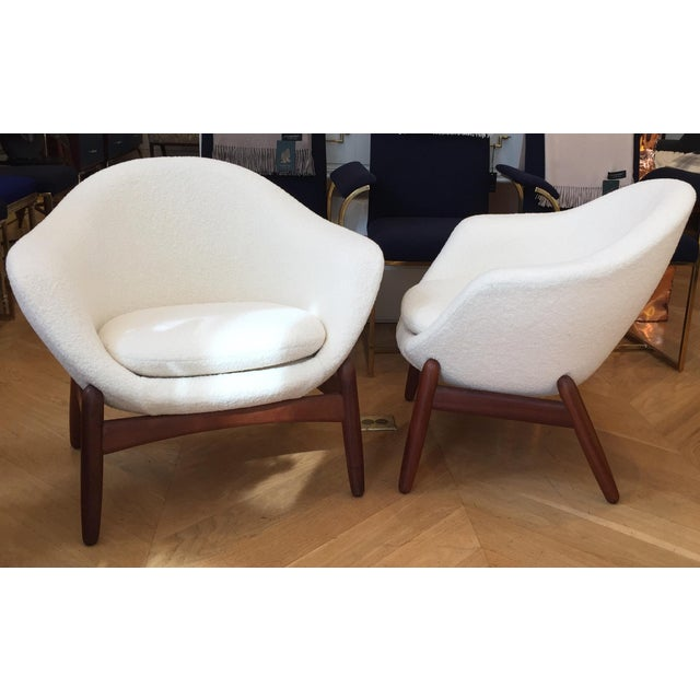 "1960s Mid-Century Ib Kofod-Larsen ""Pot"" Chairs- a Pair For Sale - Image 5 of 10"