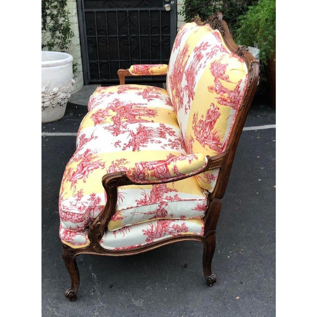 Antique Louis XV Style Carved Walnut Sofa Settee W/ Brunschwig & Fils Toile For Sale - Image 10 of 11