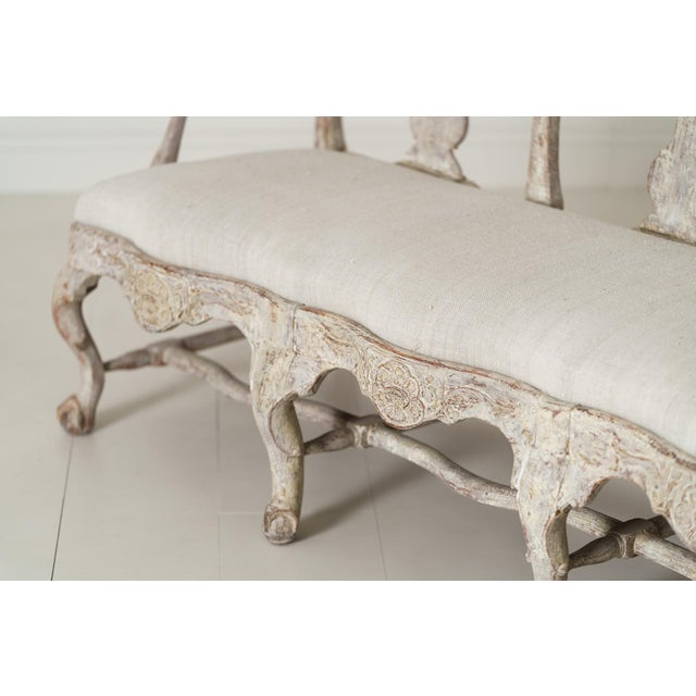 18th Century Swedish Rococo Period Settee or Bench in Original Paint For Sale In Wichita - Image 6 of 12