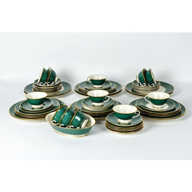 1940s Franciscan Dinnerware for 12 For Sale - Image 5 of 10