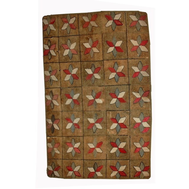 1880s Hand Made Antique American Hooked Rug - 3′1″ × 5′3″ For Sale - Image 7 of 7