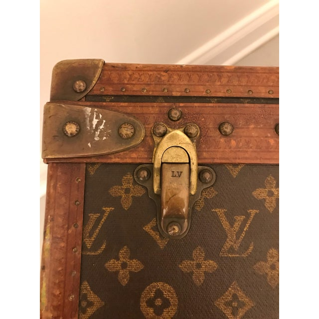 1930s Louis Vuitton Leather Trunk or Suitcase For Sale In New York - Image 6 of 13