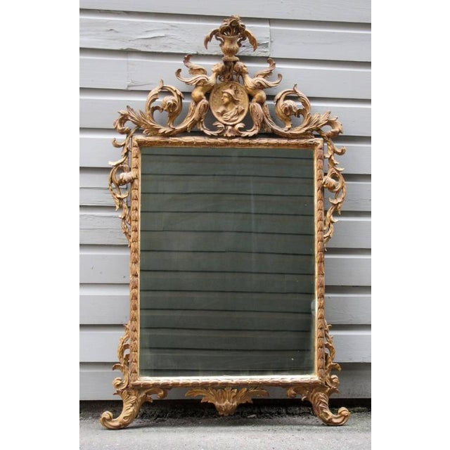 Giltwood 18th Century Italian Venetian Rococo Giltwood Mirror with Chinoiserie Details For Sale - Image 7 of 7