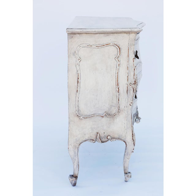 Brass Pair of Painted Rococo-Style Nightstand Commodes For Sale - Image 7 of 9