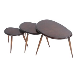 Lucian Ercolani for Ercol Pebble Nesting Tables - Set of 3 For Sale