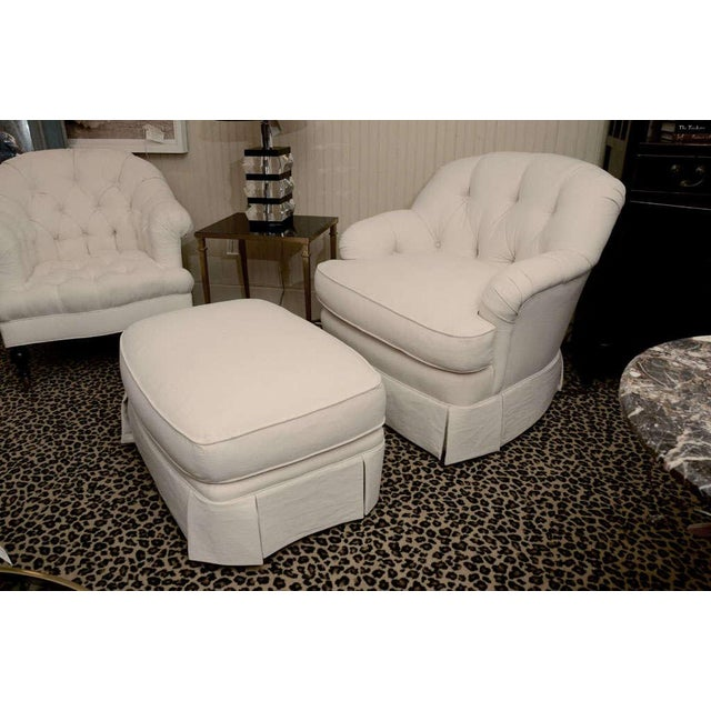 Shabby Chic Ivory Tufted Swivel Chair For Sale - Image 3 of 9
