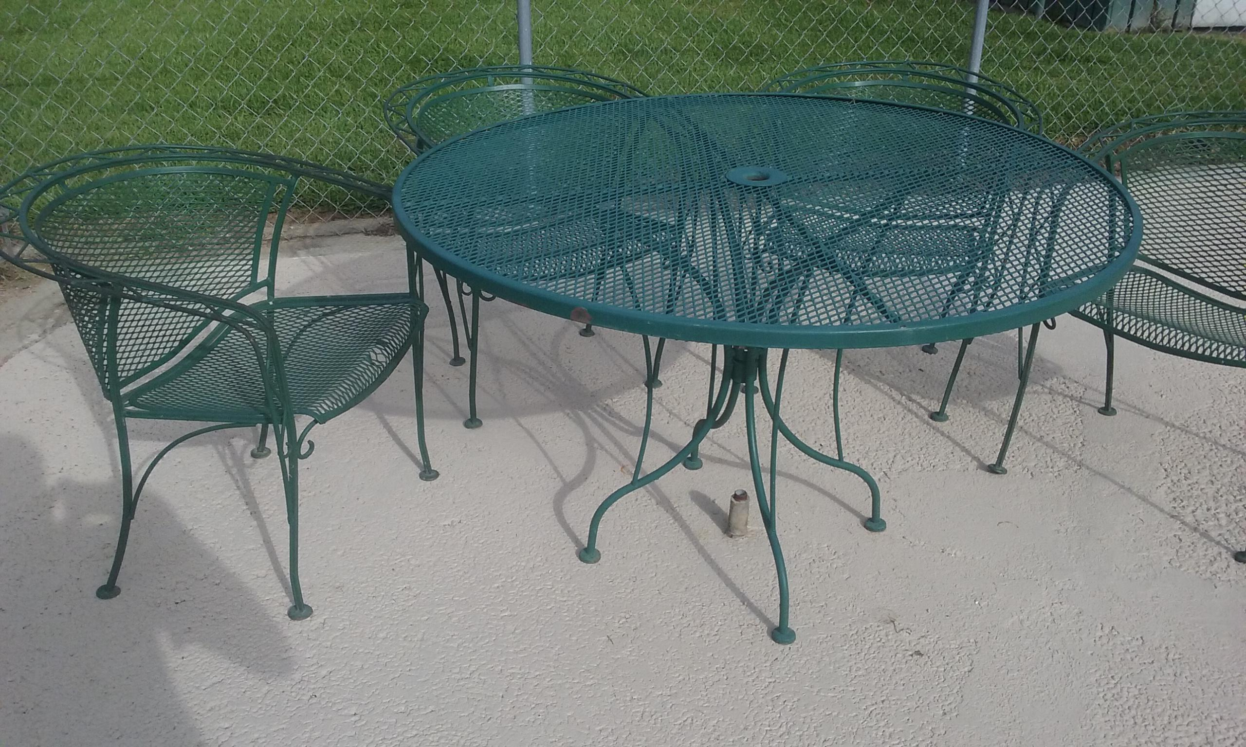 Mid Century Modern Woodward Wrought Iron Outdoor Patio Dining Table U0026 Chairs    Set Of 5