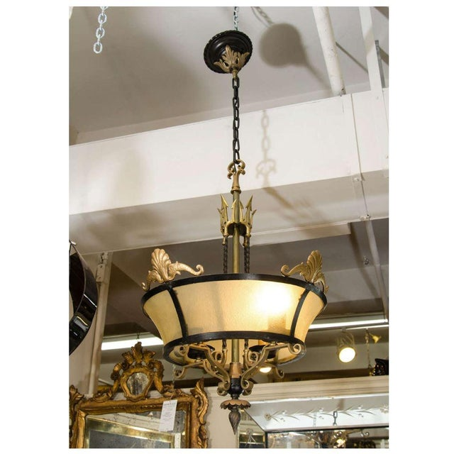 Vintage 1960s Black Iron & Brass Chandelier For Sale In New York - Image 6 of 8