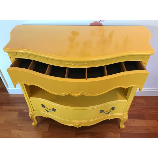 1950s Louis XV Style Drexel Model 3211 Serpentine Front Yellow Paint Cabriole Leg Silverware Chest For Sale - Image 5 of 13