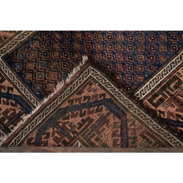 Traditional Vintage Medallion Design Wool Rug 3' X 4'4'' For Sale - Image 3 of 13