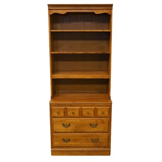 20th Century Early American Heywood Wakefield Solid Maple Colonial Three Drawer Chest For Sale
