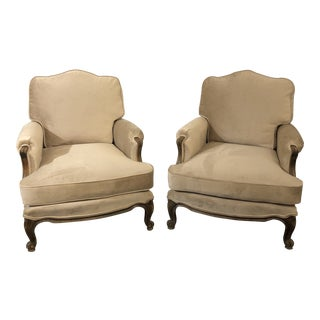1920's Pair of Louis XV Style Bergere Chairs in Walnut For Sale