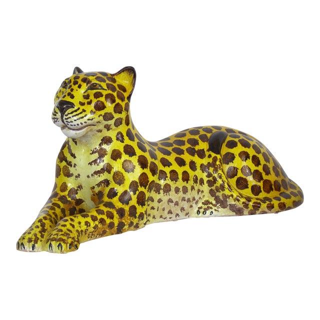 Mid-Century Modern Italian Ceramic Cheetah Sculpture Hollywood Regency Style MCM Italy Majolica Millennial For Sale