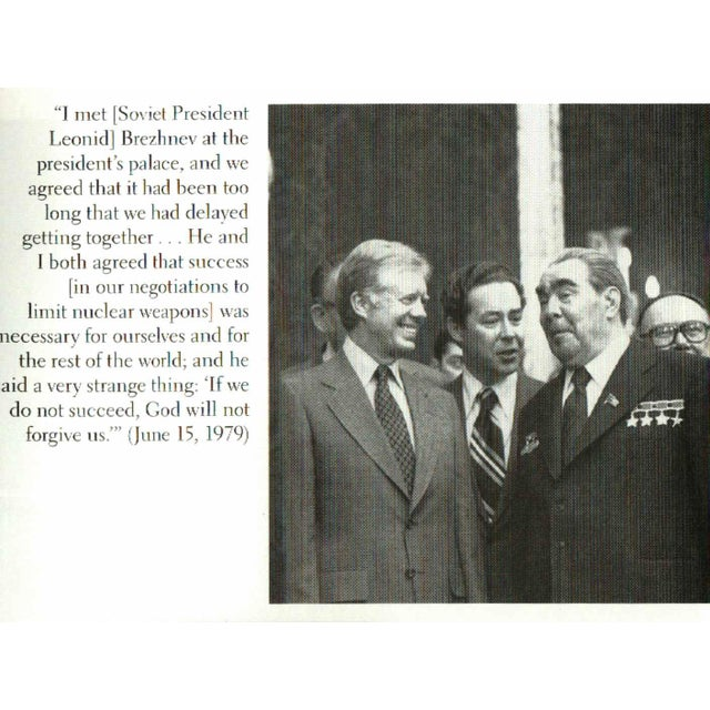 """Booth & Williams 2010 """"Signed Edition, White House Diary"""" Collectible Book For Sale - Image 4 of 6"""