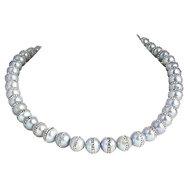 Gray Pearl & Rhinestone Bead Necklace For Sale - Image 4 of 4
