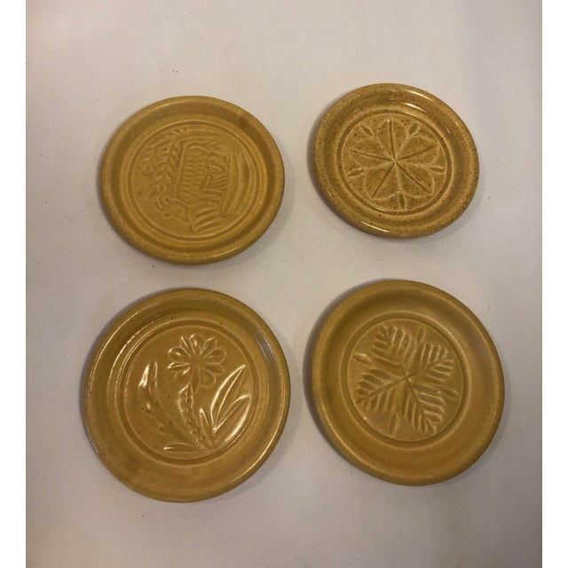 American Pigeon Forge Pottery Yellow Coasters-Ashtrays Old Buttermold - Set of 4 For Sale - Image 3 of 13