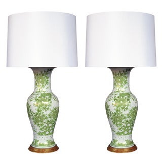 A pair of finely painted Japanese baluster-form porcelain lamps with apple green and gilt decoration For Sale