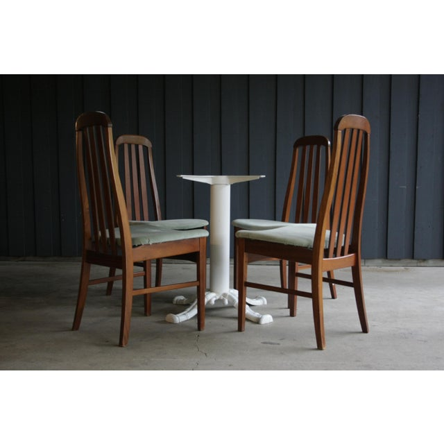 """Painted cast aluminum dining table base in a wonderful faux bamboo style. The top support brace measures 22.5""""Dia. and the..."""