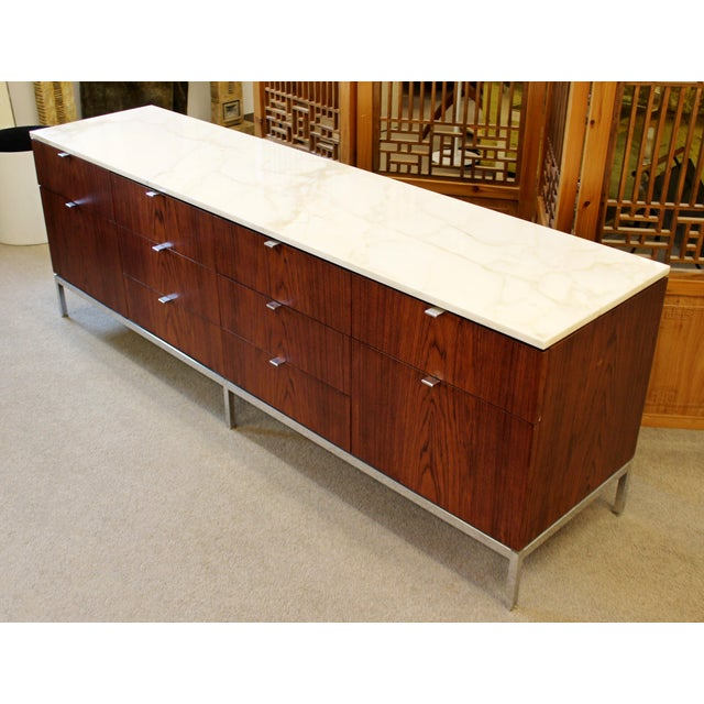 1960s Mid-Century Modern Florence Knoll for Knoll Int. Rosewood Marble Credenza, 1960s For Sale - Image 5 of 12