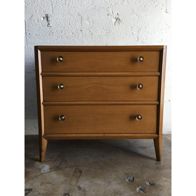 Mount Airy Furniture Company Vintage Mid Century Modern Nightstands by Mount Airy (a Pair) For Sale - Image 4 of 11