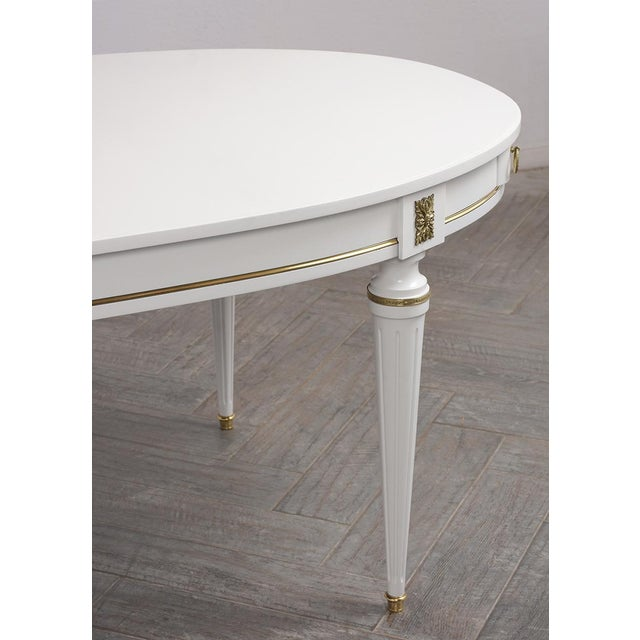 Traditional French Lacquered Louis XVI Style Oval Dining Table For Sale In Los Angeles - Image 6 of 10