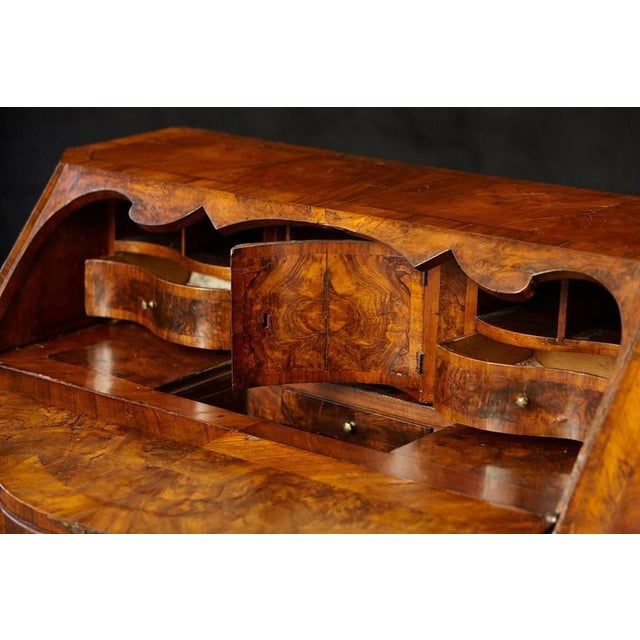 Italian Burled Walnut Slant Front Desk with Hidden Drawers For Sale In New York - Image 6 of 10