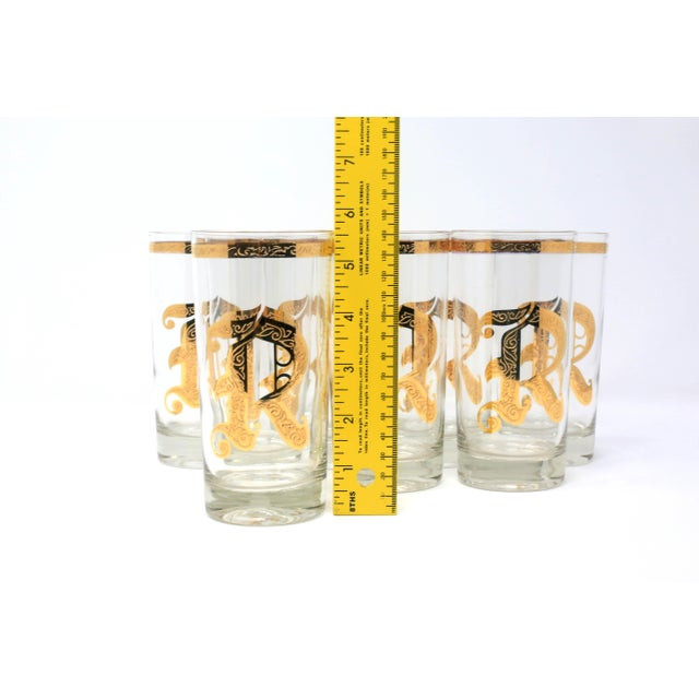 "Vintage Gold Gilt ""R"" Glasses - Set of 8 For Sale - Image 12 of 13"