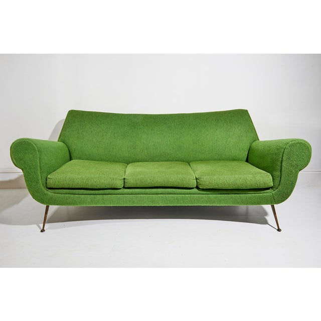 1950s Curved Three Seater Sofa by Gigi Radice For Sale - Image 5 of 5