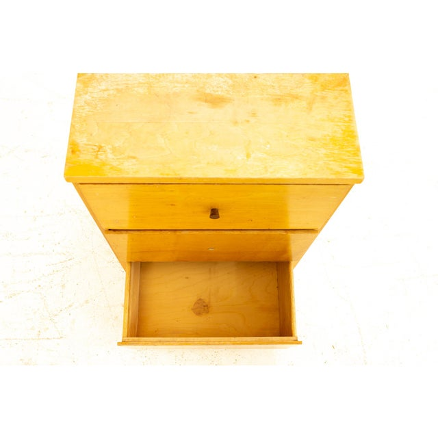 Champagne Paul McCobb Style Mid Century 3 Drawer Nightstand For Sale - Image 8 of 9