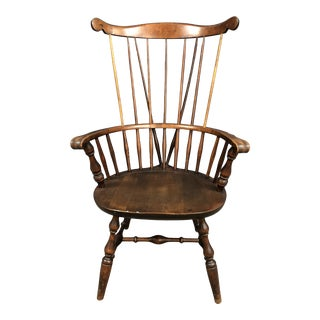 Nantucket Fanback Windsor Arm Chair With Brace For Sale