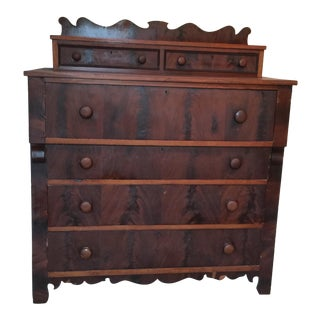 Early 20th Century Traditional Antique Wooden Chest of Drawers For Sale