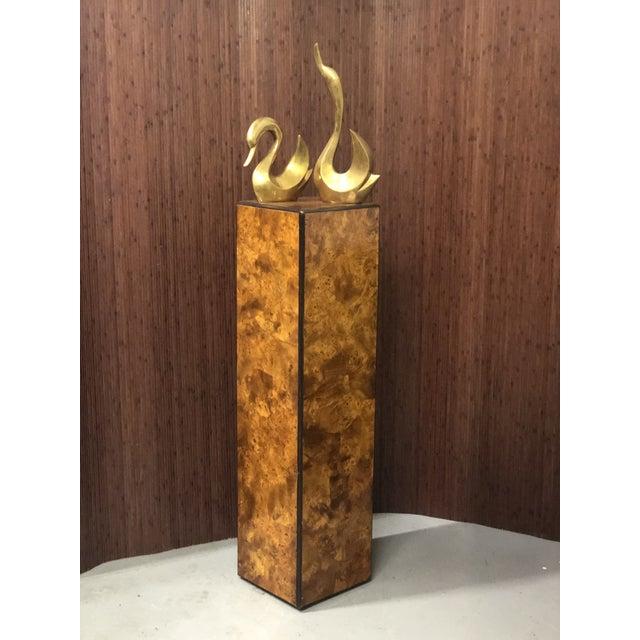 1970s Drexel-Heritage Burlwood Pedestal Display Stand For Sale - Image 5 of 8