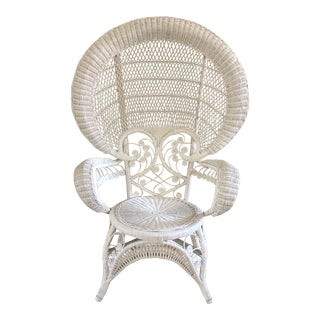 1970s Boho Chic White Wicker Fan Peacock Chair For Sale