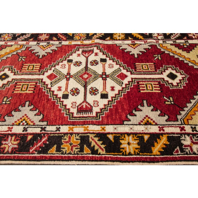 "Early 20th Century Vintage Anatolian Rug, 2'9"" X 5'4"" For Sale In New York - Image 6 of 10"