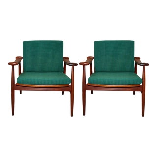 Finn Juhl for France and Sons Spade Easy Chairs - a Pair For Sale