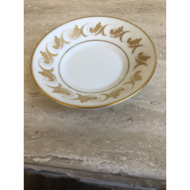 Richard Ginori Richard Ginori and Shelley Regency Plates & Teacup, 4 Pieces For Sale - Image 4 of 6