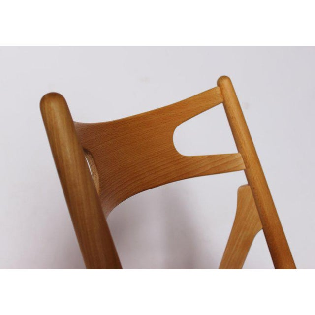 Brown 1970s Scandinavian Modern Hans J. Wegner Sawbuck Chair For Sale - Image 8 of 10