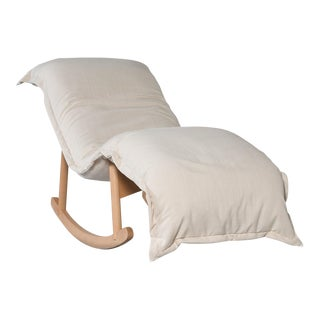 Modern White Lounge Chair For Sale
