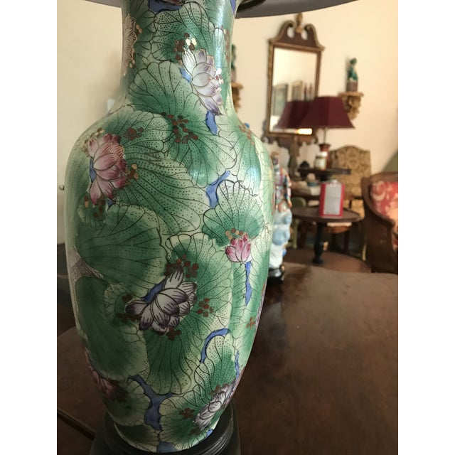 1920s Chinoiserie Hand Painted Green Vase Table Lamp For Sale In Los Angeles - Image 6 of 7