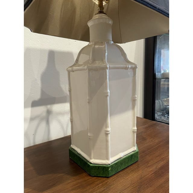 1950s Antique White Chinoiserie Table Lamp For Sale - Image 5 of 9