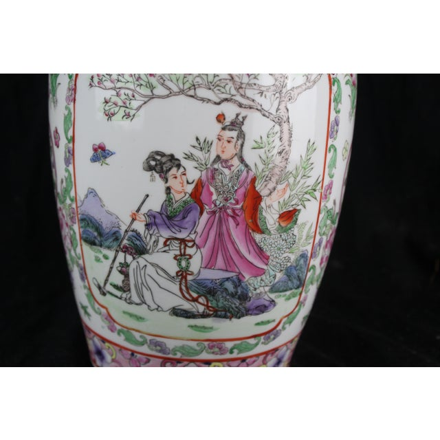 Early 20th Century Early 20th Century Antique Chinese Pink Vase For Sale - Image 5 of 10