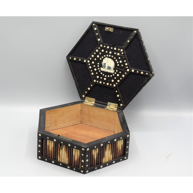 Late 19th Century Antique Porcupine Quill Hexagonal Box For Sale - Image 5 of 7